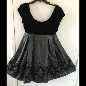 Anna Sui Black Velvet Babydoll Glitter Dress