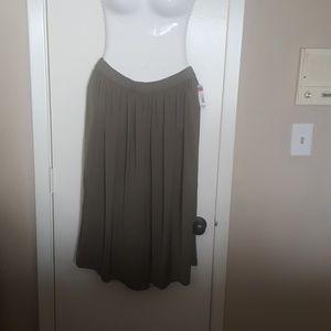 Skirt-length culottes