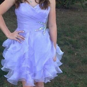 Dresses & Skirts - Strapless purple homecoming dress