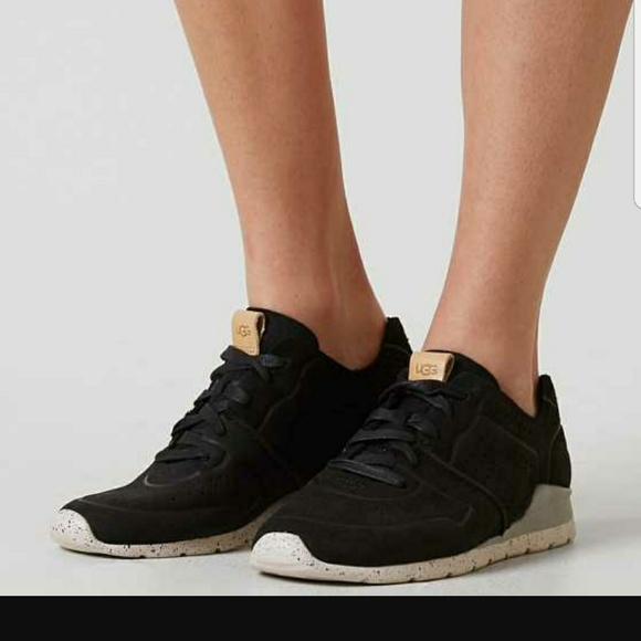 Ugg Tye black suede lace up sneaker shoe sz 10