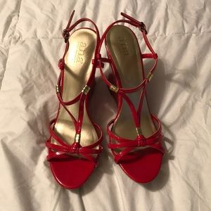 a.n.a Size 9.5 Red Pin-Up Cork Wedges