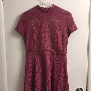 NWT gorgeous lace dress