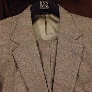 Other - Gray & Red Glenn Plaid Suit size 40R