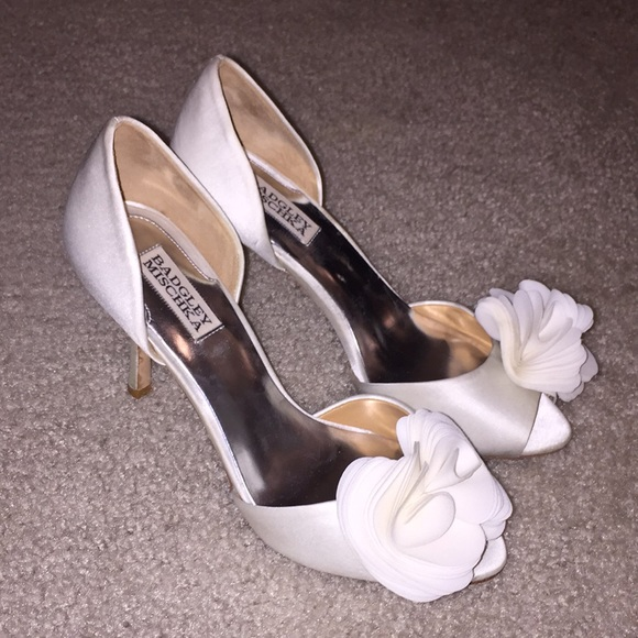5fc6ae246673 Badgley Mischka Shoes - Badgley Mischka Randall Ivory Stilettos - Sz 8 1 2
