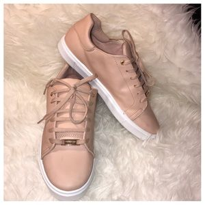 TopShop Size 9.5 Dusty Pink Sneakers