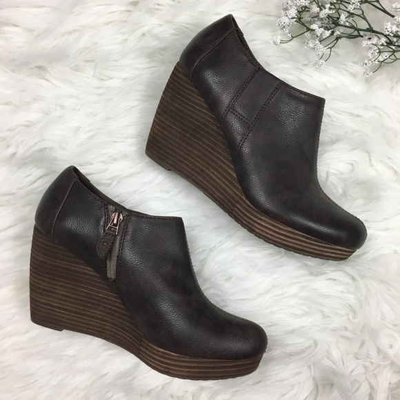 7cdac1bcab53 Dr Scholls Shoes - Dr Scholls Harlie Brown Ankle Bootie Wedge Boot 8