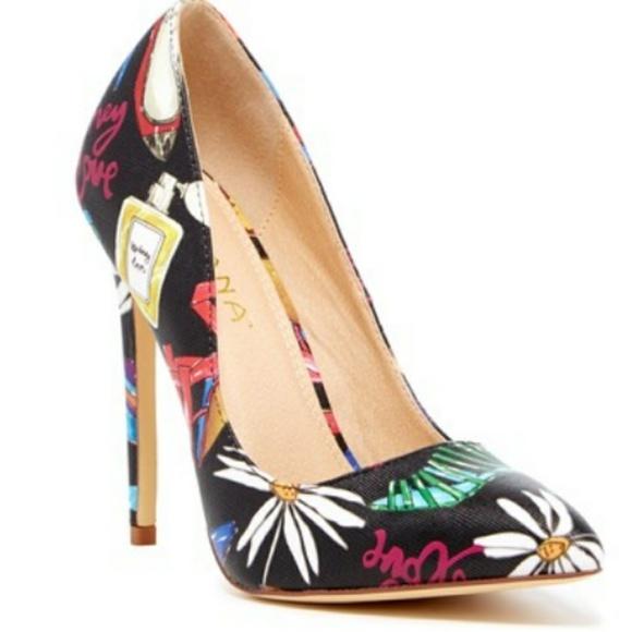 0deb3406d Lilliana Shoes   Grafetti Stiletto Black Pointed Heels   Poshmark