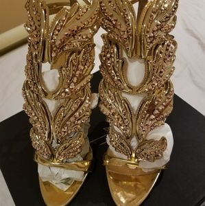 Giuseppe Zanotti size 39 limited edition sandal