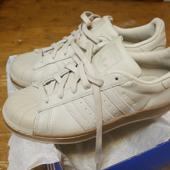 wholesale dealer f83e9 ef506 ADIDAS Superstar Cream and Bronze