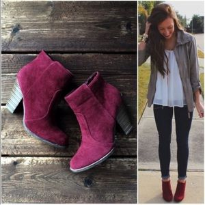 Shoes - ⭐️LAST SIZES!⭐️NIB Wine/Burgundy Ankle Booties