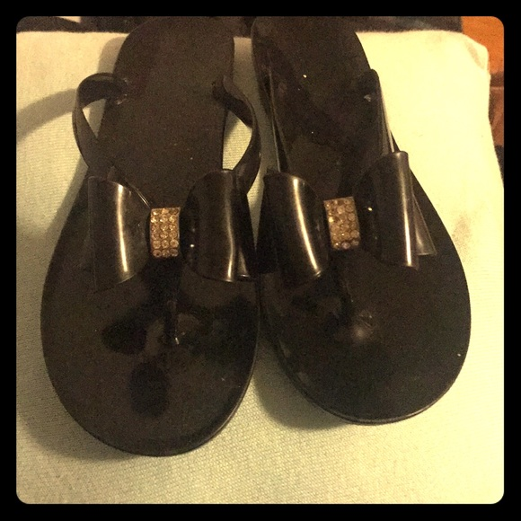 3894f8fef Black jelly sandals with bows. M 59b5fb29522b4573a7074221