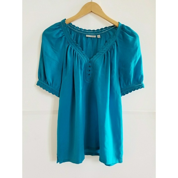 3b500eb9d13 Halogen silk blue blouse - XS-M