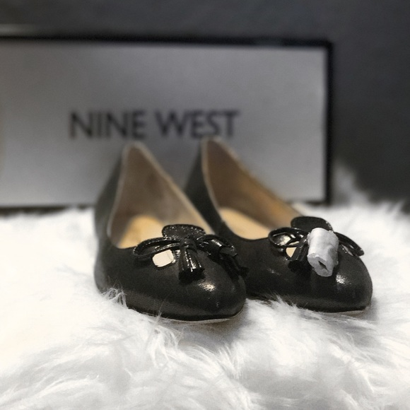 Nine West Shoes - Nine West Pewter Flats