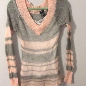 Beautiful striped v neck sweater