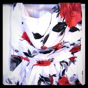 Love this floral print dress