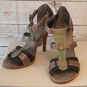 JUST IN! 7 FOR ALL MANKIND heeled sandals