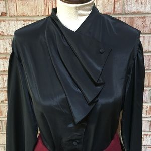 Chic Vintage Blouse NWT