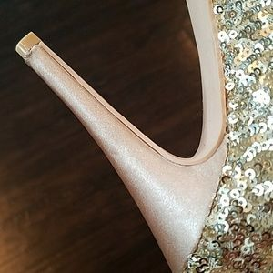 3a53b0e081c Steve Madden Shoes - 💛LIMITED EDITION STEVE MADDEN SEQUIN BOOTS!