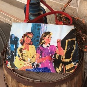 Bueno handbag with ladies shopping.