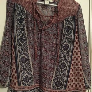 EUC wine/navy patterned high/low tunic