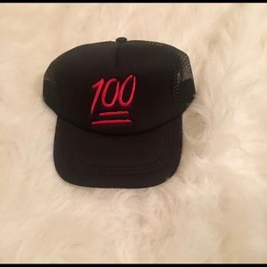 Accessories - SNAP BACK 💯