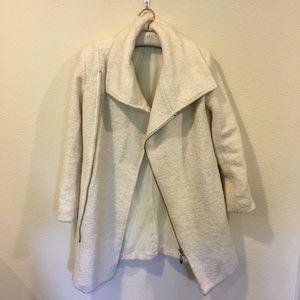 Glamorous white collar coat
