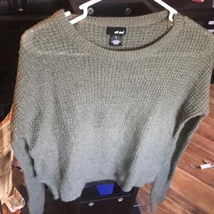Olive green sweater😻👗