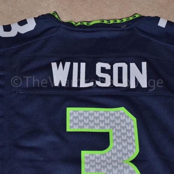 17d04e5a0cf Seattle SEAHAWKS  3 Wilson NFL Nike Jersey Youth