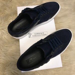 NIB Men's Versace blue suede sneakers