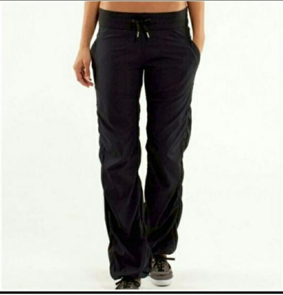 7afca6a4fefec lululemon athletica Pants - Women's Lululemon Athletica Pants Size 6 35801