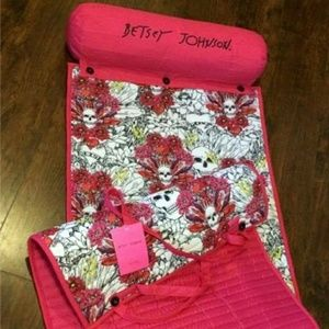 Betsey Johnson Accessories - New Betsey Johnson Tattoo Skull & Roses Beach Mat