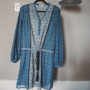Blue printed tie-waist dress, bohemian style
