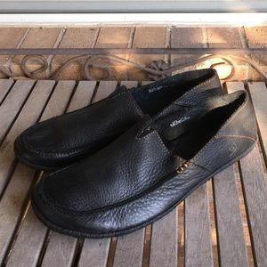 Men's Born Black Pebbled Leather Driving Loafers