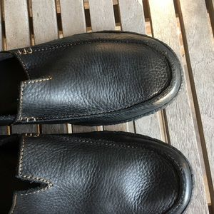 Born Shoes - Men's Born Black Pebbled Leather Driving Loafers