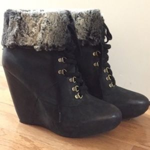 Boutique 9 fit trimmed leather booties
