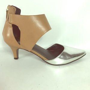 SALE ❤️ Kelsi Dagger size 6.5 shoes