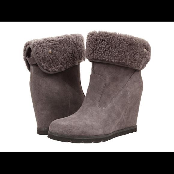 4c62b9dc976d UGG Kyra Wedge boot in grey suede- 9.5. M 59d10c7c620ff73486095bff