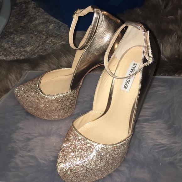 7f941f04687 Steve Madden Shoes - 🔥❤🔥 Steve Madden Deeny Rose Gold Glitter Pump 10