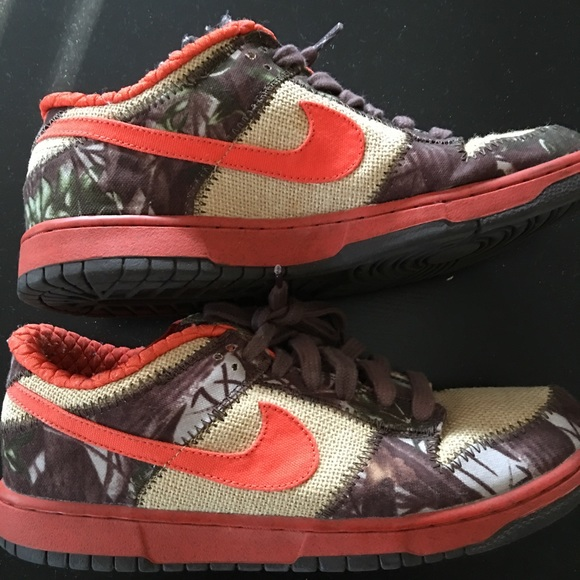 Nike Sb Reese Forbes Hunters Size 2