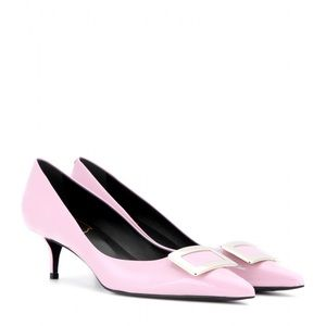 ROGER VIVIER Buckle patent leather pumps pink