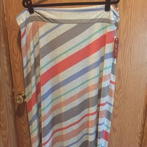 Plus maxi skirt