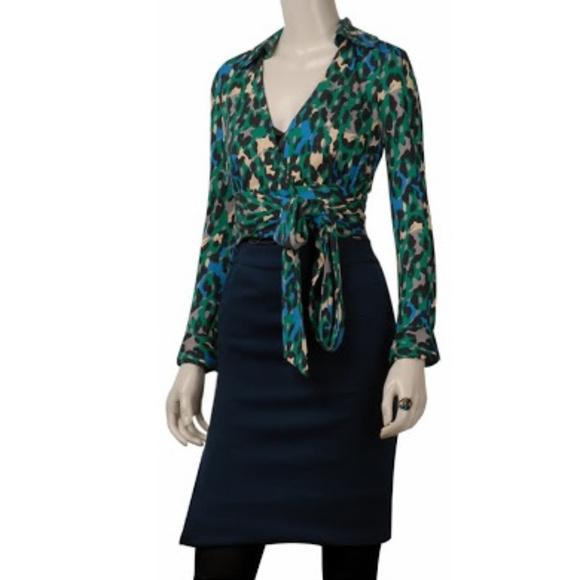 d09b0705f828 Diane Von Furstenberg Tops - Diane Von Furstenberg Vintage Judy Wrap Top sz  10