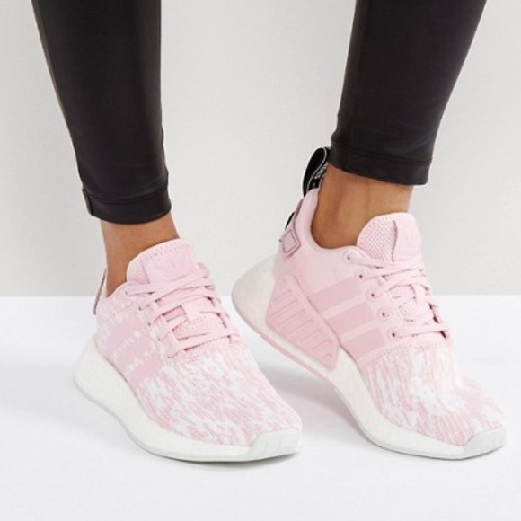 Adidas Original Sneakers Pale Pink NMD R2 NWT