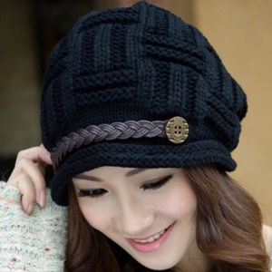 Accessories - Black Knitted Hat