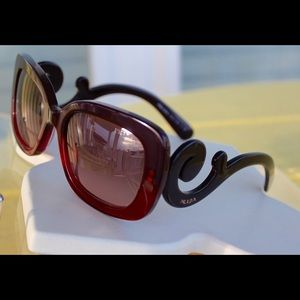 b224f7eed0b ... inexpensive prada accessories prada ombré maroon red baroque sunglasses  limited 7a30b 22817