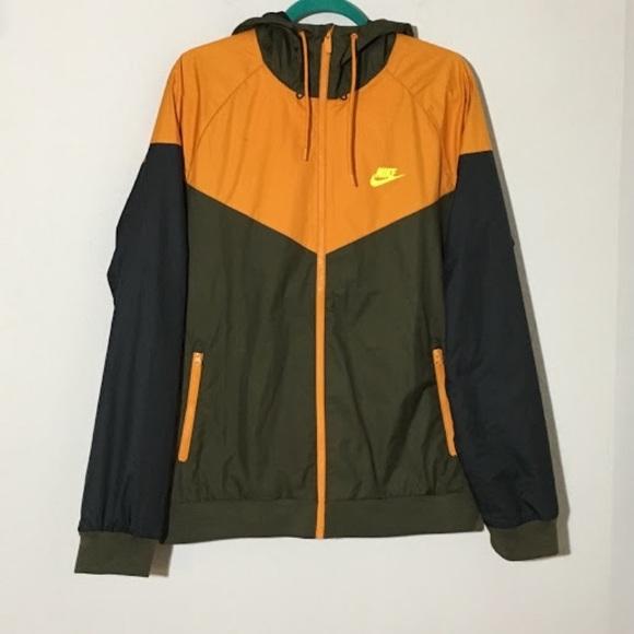 be1475fb2e9e Nike Windrunner Hooded Jacket L Orange Brown. M 59b7a89df739bcd5730034dd