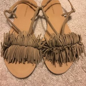NWT Banana republic fringe suede sandals !