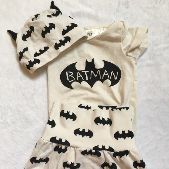 H M Other - 🦇 Newborn BATMAN Halloween H M 0-1M ... 2f7573d34f76