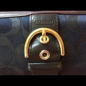 COACH women's large wallet