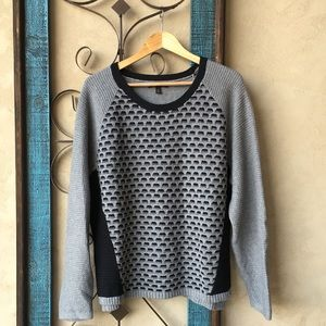 Banana Republic Gray & black sweater w/ side slits